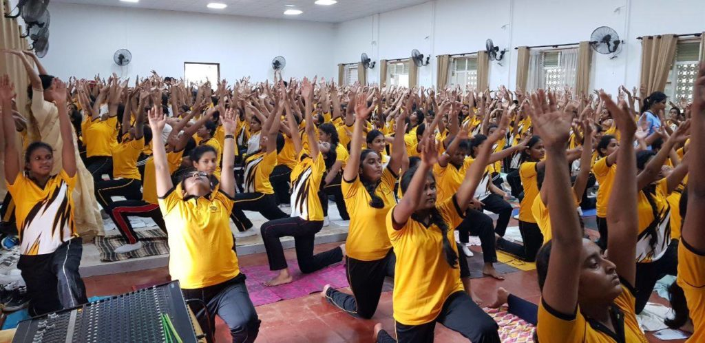 Yoga Program Anula Vidyalaya 2018- Dr Chamin Warnaluka - Sethsada Yoga